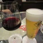ビストロ ボナぺティ - グラス赤ワイン 500円+Tax  生ビール 550円+Tax