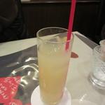 ビストロ ボナぺティ - グレープジュース