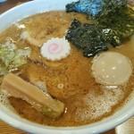 麺家 喜多楽 - 特製らぁ麺(醤油)
