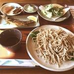 まるいち - 盛りそば+天ぷら+岩魚姿揚げ