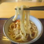 玉喜亭 - 麺はちゃんと吉田してます。