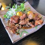 日本料理 華や - 甲州鳥もつ煮