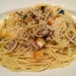 トマティーナ - イタリアンソーセージとカボチャのクリームソース