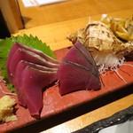 魚真 - かつを(¥880−)&つぶ貝(¥980−)