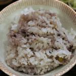 地蔵 - 雑穀米か、白米かを選択。