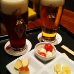 ヱビスビール記念館 - 和の芳醇、アールグレイマジック、チーズ盛り合わせ