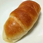 ハートブレッドアンティーク - 塩パン(83円)