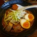 辛麺 真空 - 味玉付き山(\820)