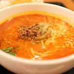中国麺家 - ハーフ担々麺。