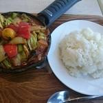 キャンプエクスプレス - 一日分の野菜カレー(ライス大盛) ¥990