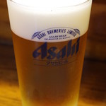 58188127 - 先ずはビールで喉を潤し