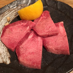 福寿亭 - いつも頼む上タン塩。
