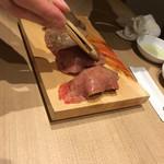 和牛焼肉じろうや 介 wagyu&sake 名古屋駅前本店 - 炙り握り