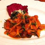 デリツィオーゾ イタリア - キノコと鶏のトマト煮