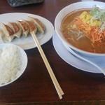 ラーメンばんだい - ねぎ味噌ラーメン・ばんだいセット(餃子、(半)ライス)