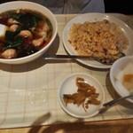 中華料理福臨門 - (4)2016/4 ワンタンと炒飯のランチ