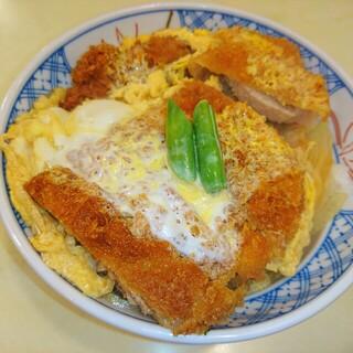 あけぼの - (^0_0^)ブヒー  かつ丼♥ 有楽町でかつ丼と言えば ココです♥|^▽^)ノ