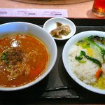 CANAE China 福龍 - 【Aランチ:担々麺と海老かけご飯…980円】2010/11