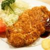 とんき - 料理写真:ロースかつ定食(1900円)