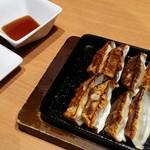 魚民 - 鉄鍋餃子 468円