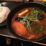 スープカリー ヒリヒリ2号 - 十勝野ポークの角煮スーカレ1280円