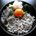 ナギ - 釜揚げ・生・二種盛り丼