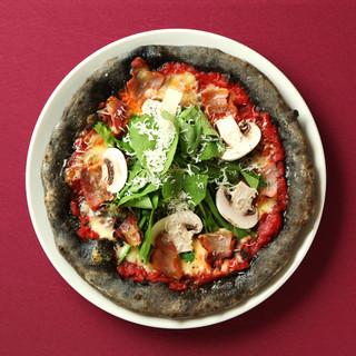 モチモチ生地とトロトロチーズのこだわりピッツァ