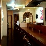 トネリコ カフェ - 店内のカウンター席の様子