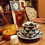 トネリコ カフェ - こういうお店でのんびりできるっていいものですね~