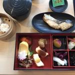 レストラン嵐山 - シュウマイと鰆の西京焼き