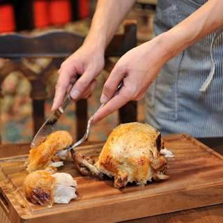 ロティサリーチキン=鶏の丸焼き