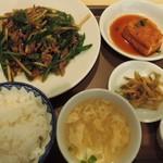 58247798 - 牛肉とピーマン炒め定食