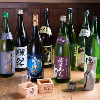 様々な魚料理に合う日本酒を厳選し、約30種類ご用意しました◎