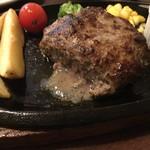 ハンバーグ・ステーキ宮崎亭 - 肉汁ブシャ~~☆