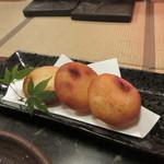 七厘焼き和作 - 揚げ物はポテトチーズ餅揚げ520円、モチモチの感覚の揚げ物で、これも旨かったです。