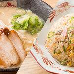 ラーメン 龍の家 - 料理写真: