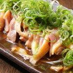 ぢどり亭 - 料理写真:ももタタキ(もも肉1枚を炙り焼、あっさりと仕上げました。)