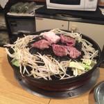 めんよう亭 - 生肉ラムでジンギスカン