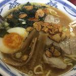 餃子やさん - ニンニクラーメン 700円