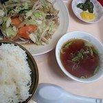 ラーメンげんこつ屋 - 野菜炒め定食