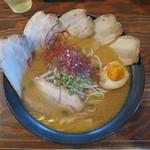 すみれ - 新・味噌Ⅱ 半分チャーシュー 麺大盛