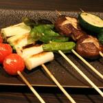 串バル 梟 - ヘルシーな野菜串を岩塩で