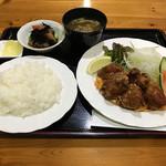 グリル公 - 若鶏唐揚げ定食700円(税込)
