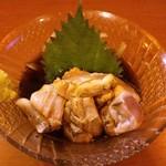 炭火焼 一文字 - 料理写真:博多地鶏の鶏ワサ(450円)