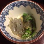 祢保希 - 生しらす (少し食べました) クエちり鍋コース ¥11,000