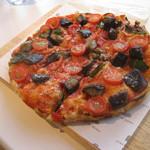ピンサデローマ - 茄子、トマト