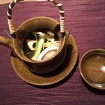 58287306 - 松茸の土瓶蒸し