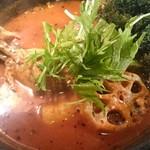 スープカリー ヒリヒリ2号 - 骨チキ5辛