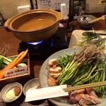 石巻酒場 わたみんち - 準備段階、せり鍋