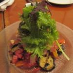 カリーナ カリーナ - タコと色どり野菜のマリネハーブサラダ添え